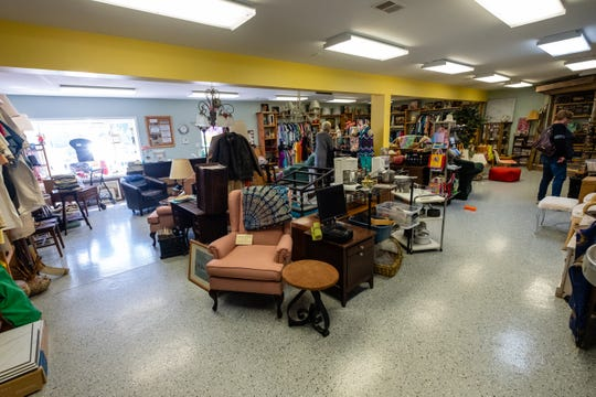 Soaring Dreams, Inc., a resale shop that offers volunteer work for people with disabilities, has expanded its services to make T-shirts, hats, mugs and other items.