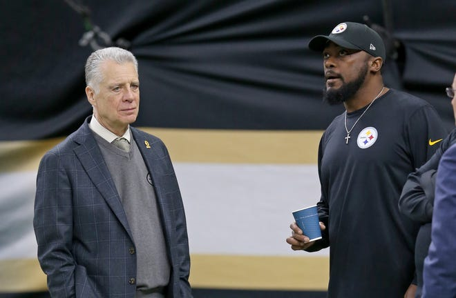 Pittsburgh Steelers owner Art Rooney II and head coach Mike Tomlin before a game against the New Orleans Saints at the Mercedes-Benz Superdome.