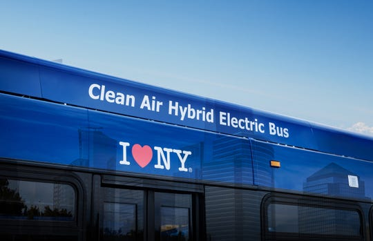 BAE will supply 435 bus propulsion systems to New York City's Metropolitan Transit Authority.