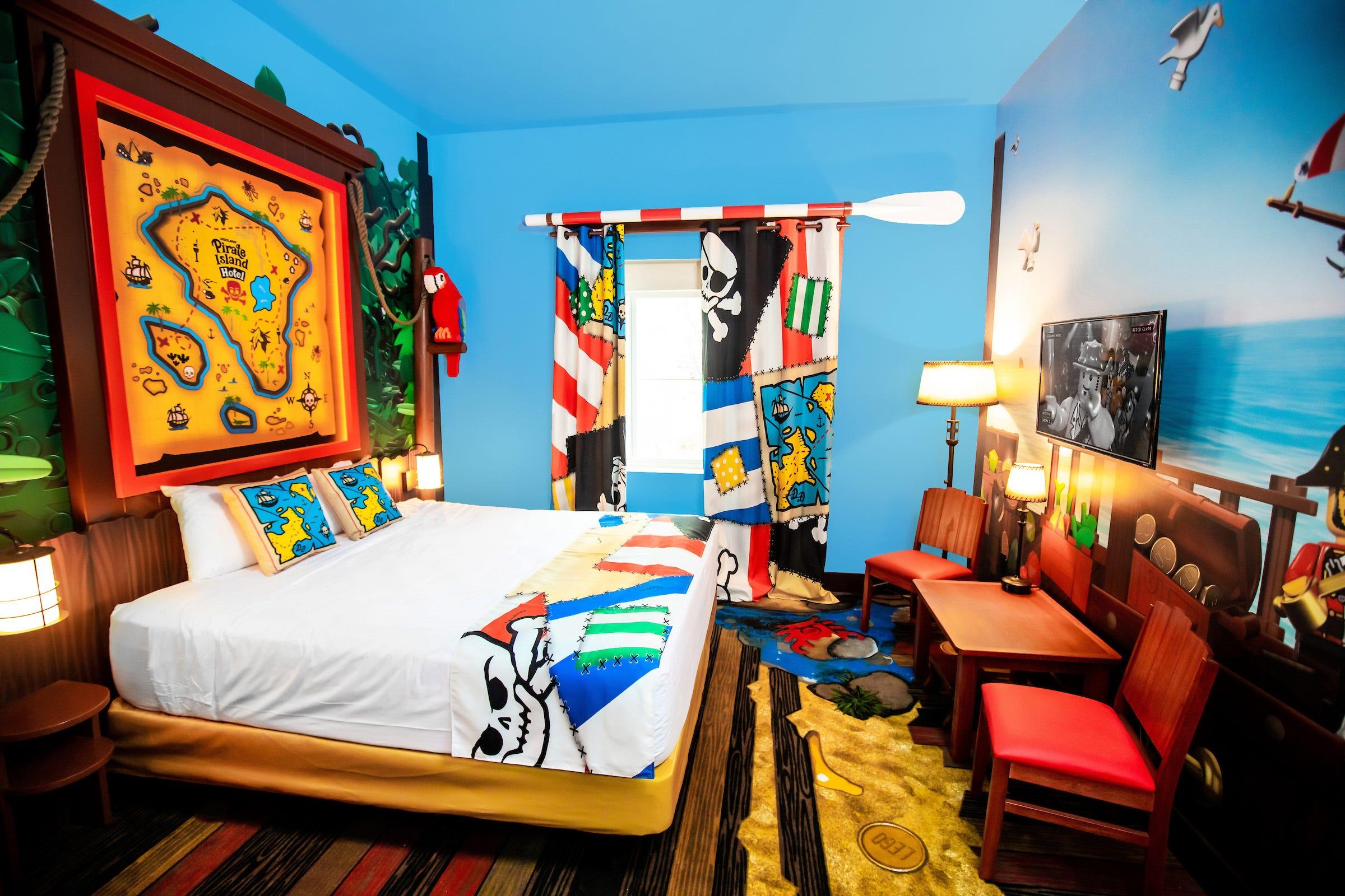Pirate Island Hotel Opens At Legoland Florida