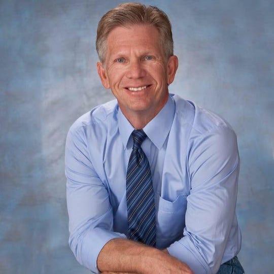 Scottsdale Councilman Guy Phillips