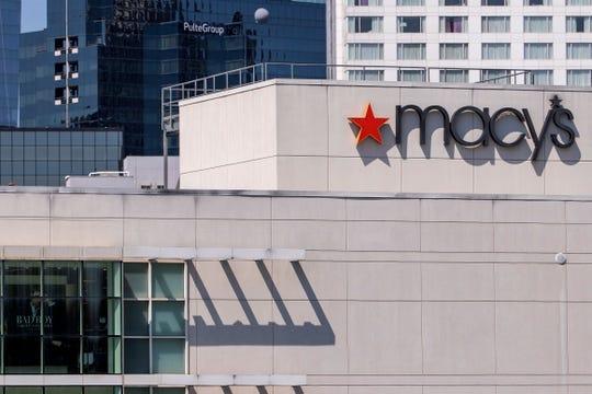 Los grandes almacenes Macy's en Lenox Square a medida que el centro comercial reabre sus puertas en Atlanta, Georgia, EE. UU., 04 de mayo de 2020.