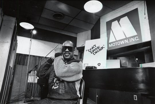 """Stevie Wonder is in the studio at Hittsville USA on Grand Blvd. in Detroit.  He said, """"I've been thinking of making a record in Detroit.""""  Picture is dated Dec. 17, 1985."""