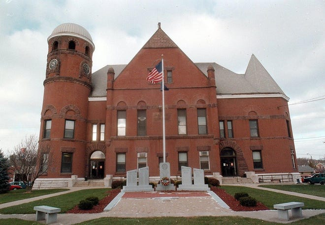 Fayette County courthouse in Connersville