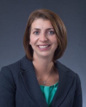 Laurel McNall, PhD is an organizational psychologist and Associate Professor of Psychology at SUNY Brockport.