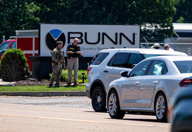 Law enforcement respond to the scene of an active shooter situation at the Bunn-O-Matic warehouse on Stevenson Drive, Friday, June 26, 2020, in Springfield, Ill.