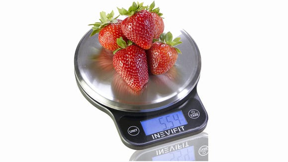 This scale has close to 3,000 glowing reviews.