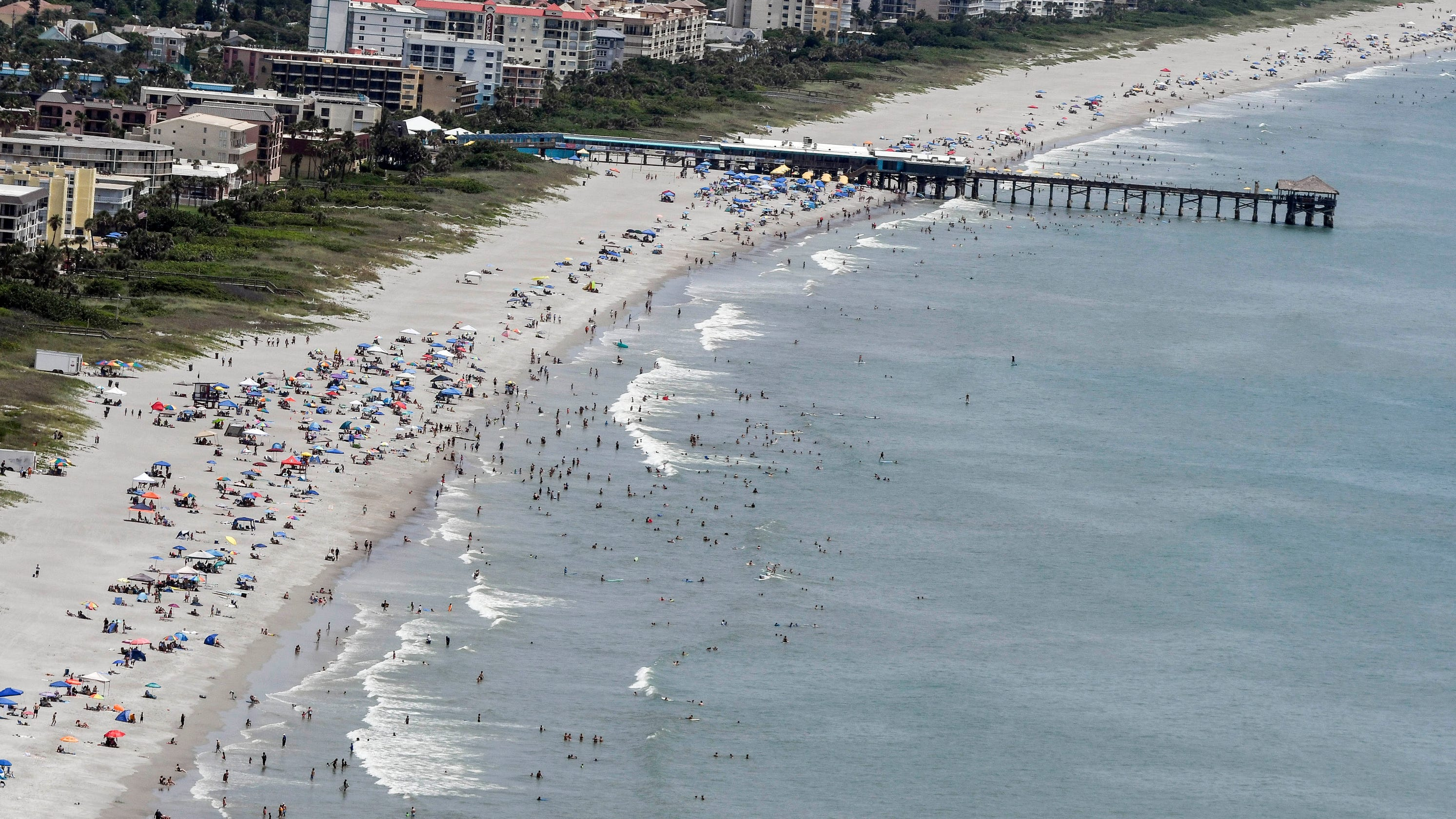 Coronavirus Florida Beaches See Smaller Attendance Amid Record
