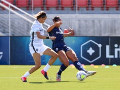 Lynn Williams of the North Carolina Courage (right) scored the winning goal in the opening game of the NWSL Challenge Cup.