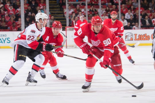Center Stephen Weiss (90), the No. 4 overall pick by the Florida Panthers in the 2001 NHL draft, played two seasons with the Red Wings from 2013-15.
