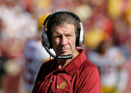 Joe Bugel served two stints on the Washington Redskins coaching staff -- one from 1981-89 under head coach Joe Gibbs and then from 2004-09 under Gibbs and Jim Zorn.
