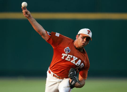 Adrian Alaniz was named a freshman All-American in 2005. (Photo by Jed Jacobsohn/Getty Images)