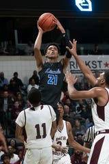 Ypsilanti Lincoln's Emoni Bates is the youngest player to win Gatorade High School Boys Basketball National Player of the Year honors.