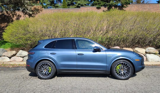 You'll know the 2020 Porsche Cayenne E-Hybrid by its green badge and brake calipers.