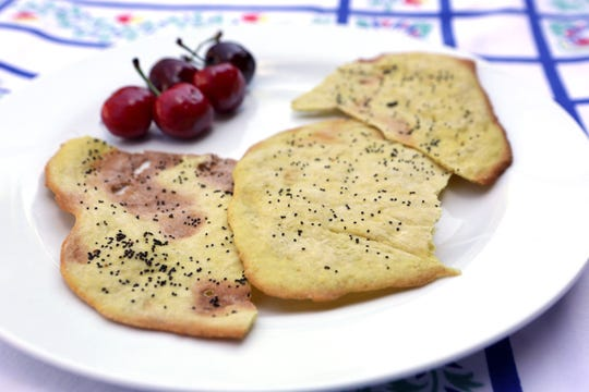 Homemade curried poppy seed crackers. (Hillary Levin/St. Louis Post-Dispatch/TNS)