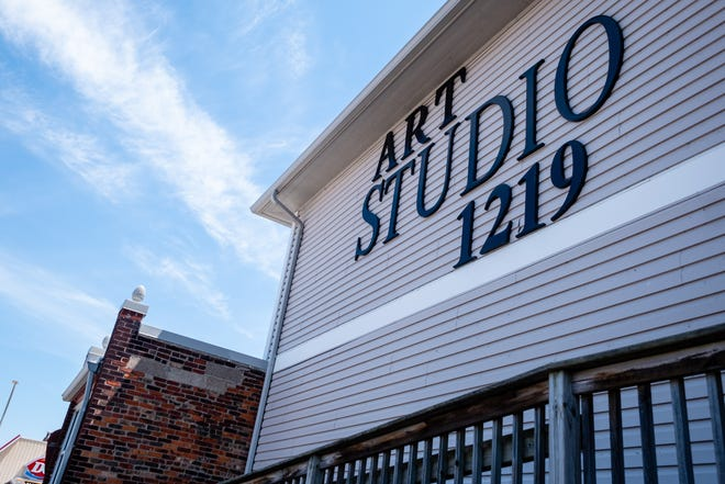 Jeanne Burris-Johnson, director of programs and operations for Art Studio 1219 in downtown Port Huron, has submitted her resignation to the nonprofit's board of trustees.