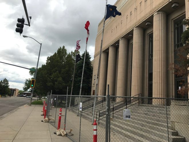 As a precaution, the front entrance to the Civic Center has been blocked after debris fell from the facade onto the roof.