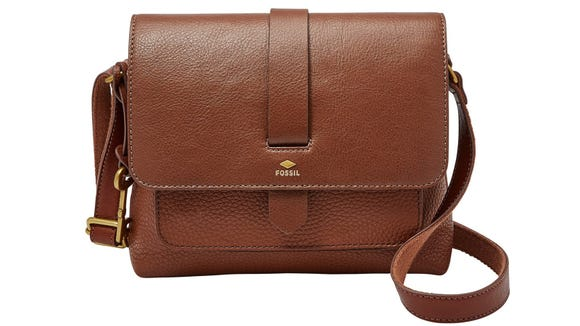 This classic crossbody lets you go from work to errands in style.