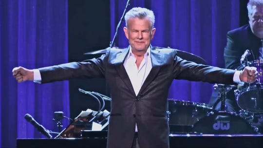 David Foster On His New Netflix Doc Age Difference With Katharine Mcphee That S Our Only Problem Flipboard