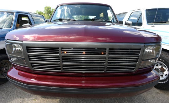 The custom-made front grill with three LED lights on the 1996 Full-Size Bronco, owned by John Parks.