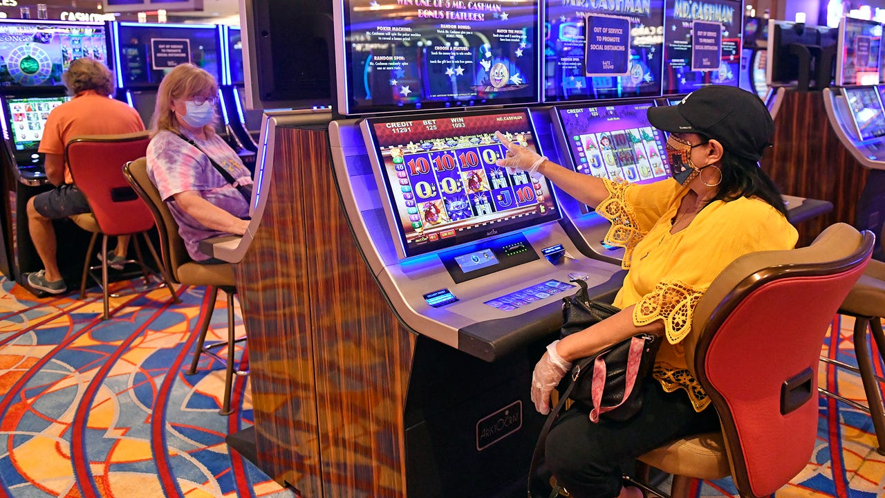 Atlantic City casino profits down 80% in 2020 due to COVID-19