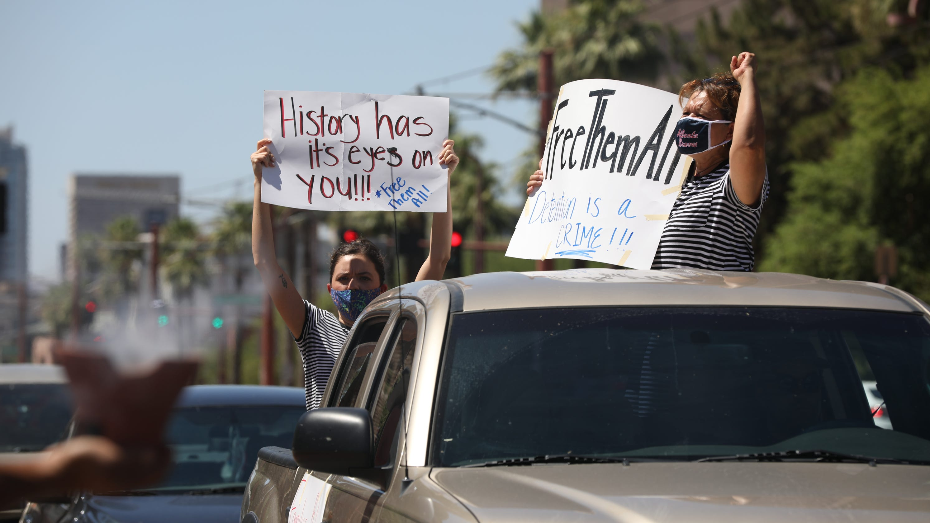 'We're the laughingstock of the world': Puente holds 4th of July protest in front of Phoenix ICE office