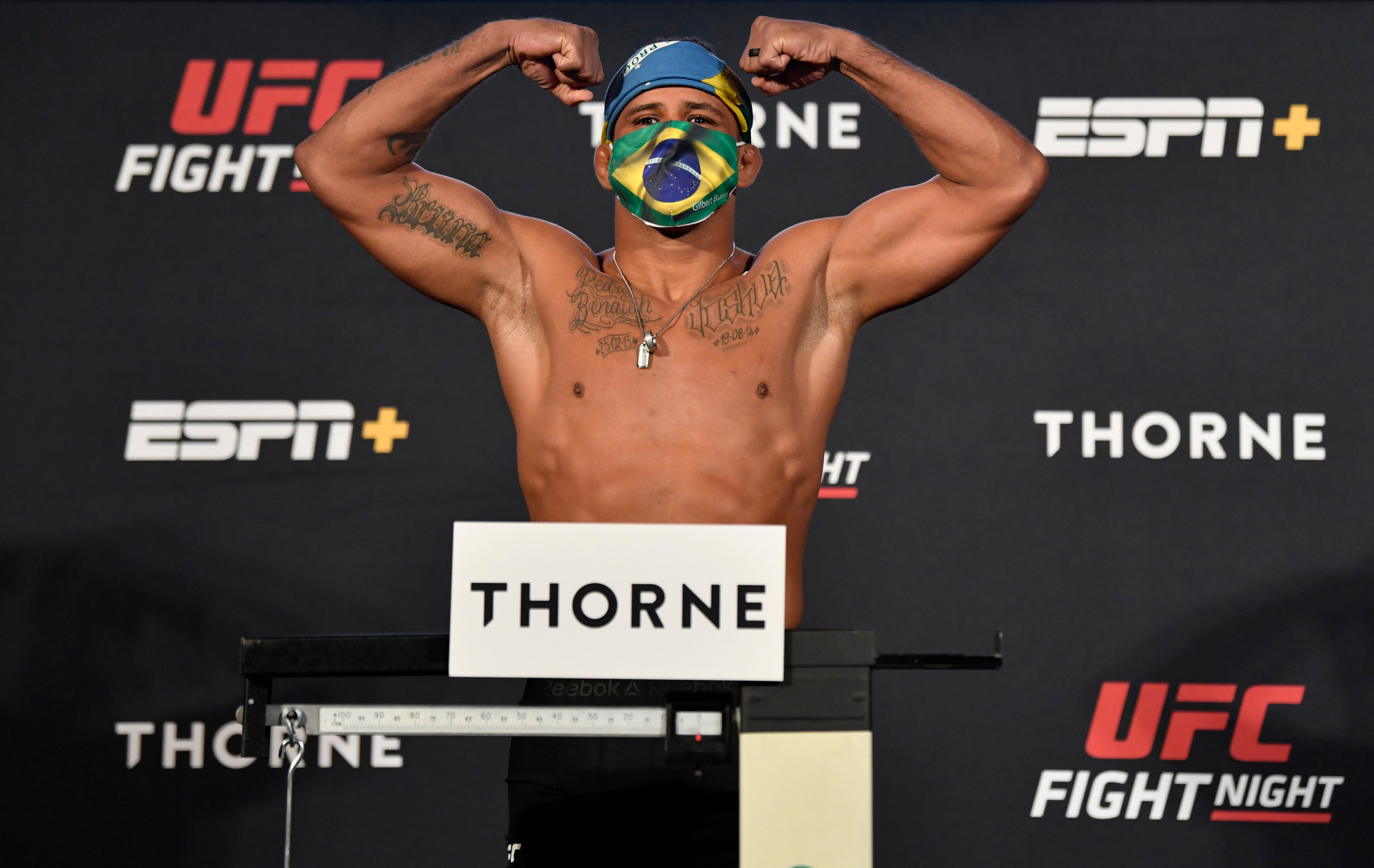 Fighter's positive COVID test scuttles UFC 251 title bout