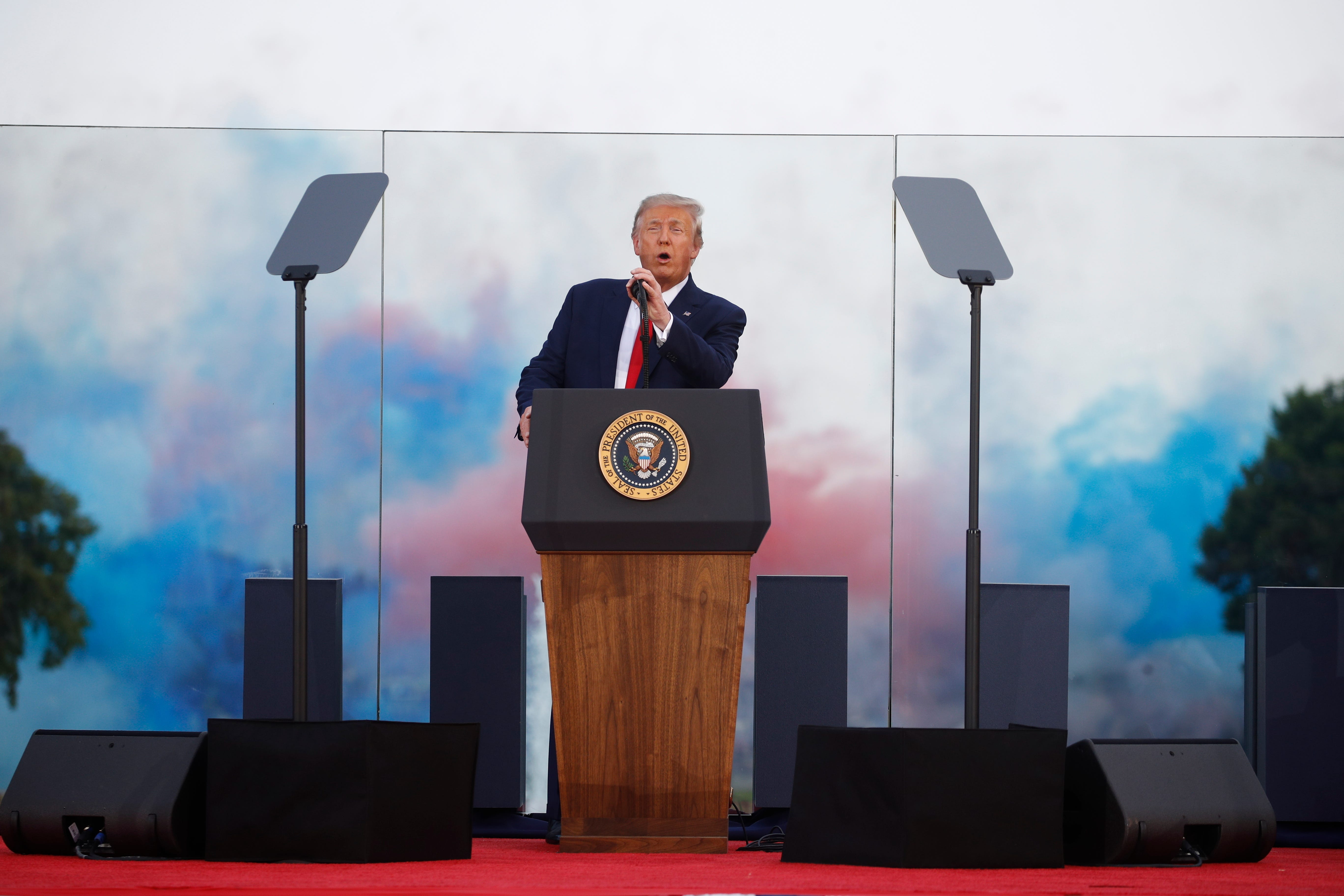 usatoday.com - Courtney Subramanian and Christal Hayes, USA TODAY - Republicans are really fed up': GOP increasingly splits with Trump as his polls drag