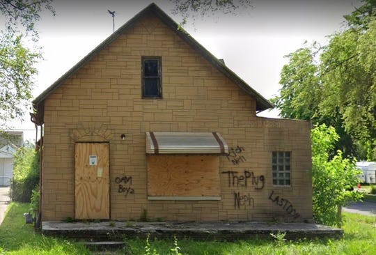 The parcel containing Ford key fobs had a return address of this vacant home in Detroit.
