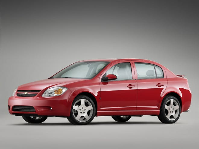 Us Investigating Fuel Leaks In Older Chevy Cobalt And Hhr Vehicles