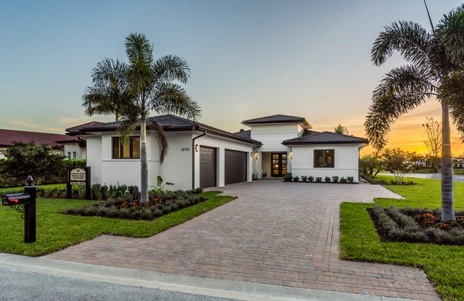 London Bay Home's 2,988-square-foot Devonshire model offers three bedrooms, three baths and an entertainment-ready, lake view outdoor living space in the Cabreo neighborhood.