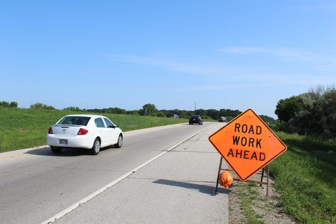 A sign on the westbound ramp to Interstate 43 at Mason Street warns drivers of highway work that will be done at night between Mason Street and Webster Avenueevery weekday until July 24.