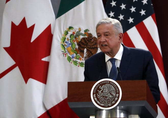 El presidente mexicano Andrés Manuel López Obrador habla durante un acto para la firma del Tratado entre México, Estados Unidos y Canadá, en el Palacio Nacional de la Ciudad de México, el 10 de diciembre de 2019.
