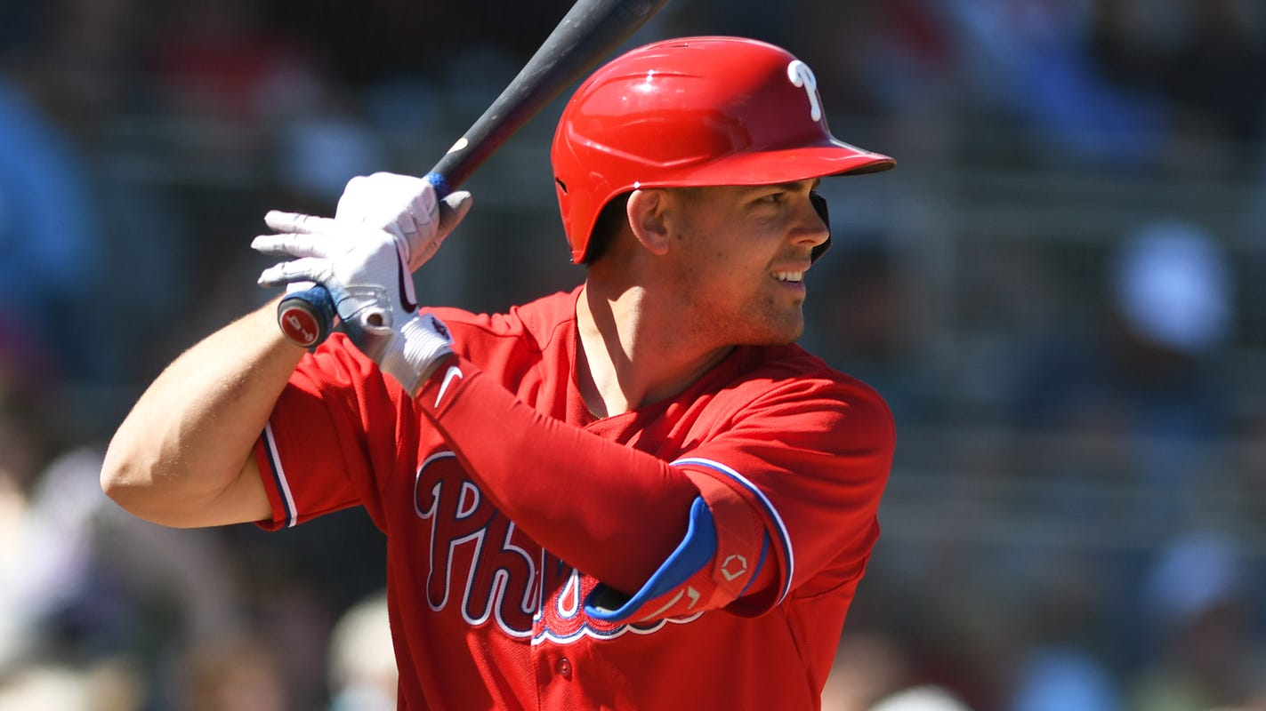 'This is not a two-week thing': Phillies' Scott Kingery details perilous COVID-19 battle thumbnail