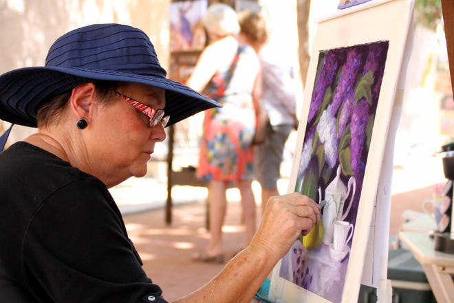 Local artist Lyn Orona works occasionally in the plein air realm.