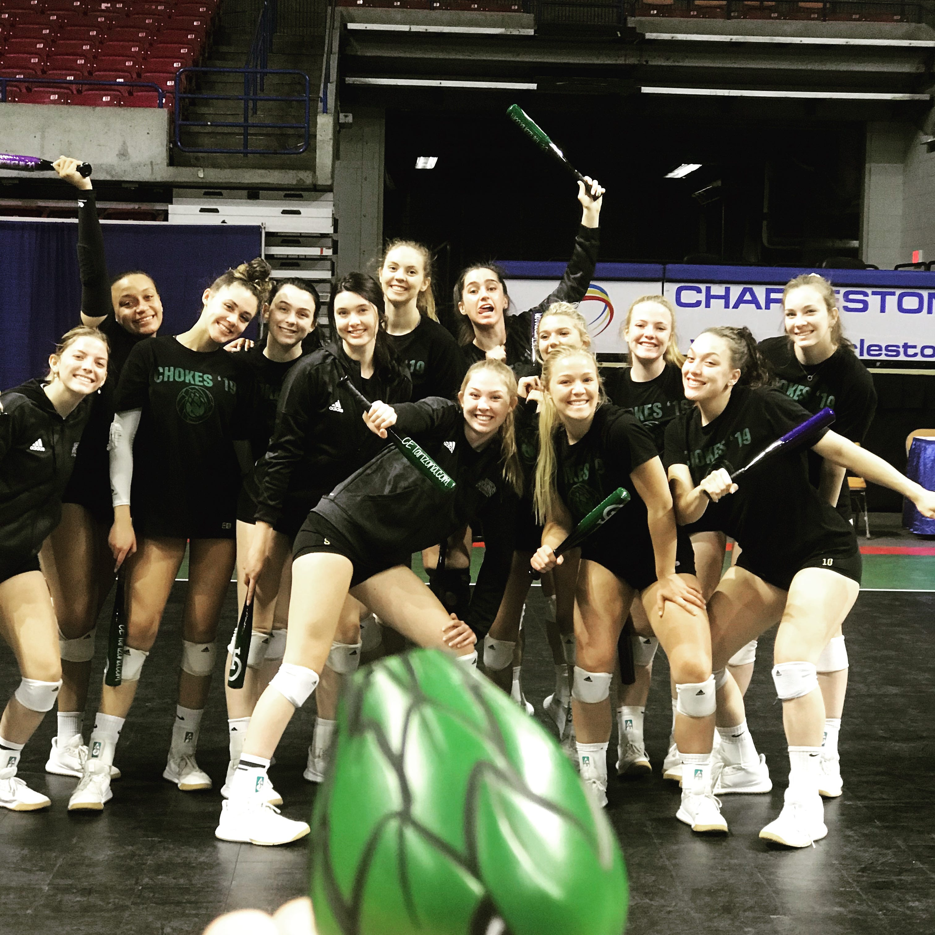 Scc Women Volleyball Players Want To Save Season Defend Title