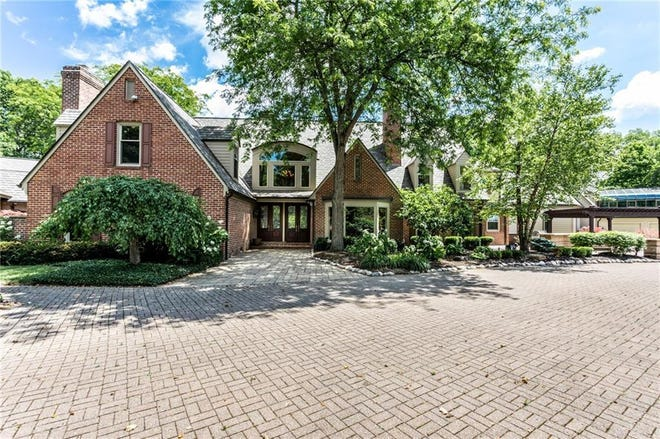 Adam Vinatieri's Carmel home is for sale for $2.25 million
