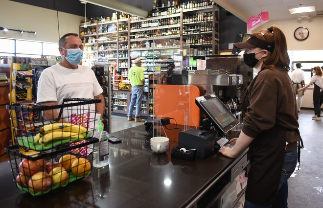 Michigan stores called on to enforce coronavirus mask rules