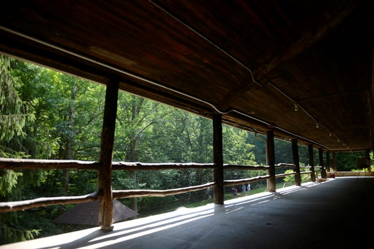 Oneida Lodge has an 84-foot wrap-around porch.