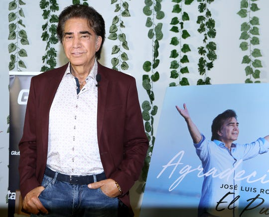 """José Luis Rodríguez """"El Puma"""" y su esposa Carolina Pérez, no planean tener más hijos y toman con humor los rumores de que """"esperan gemelos""""."""