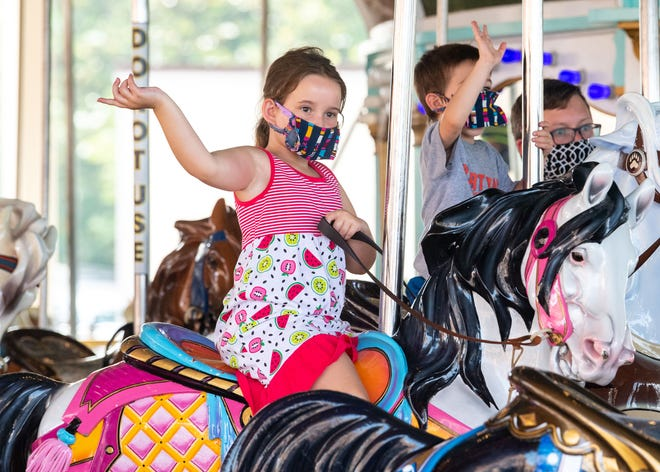 Guests are supposed keep their masks on even while on the rides at Hersheypark.