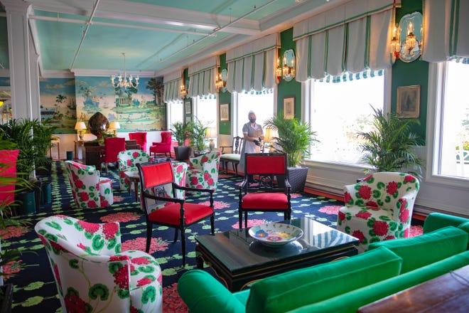 Ruang duduk di Grand Hotel