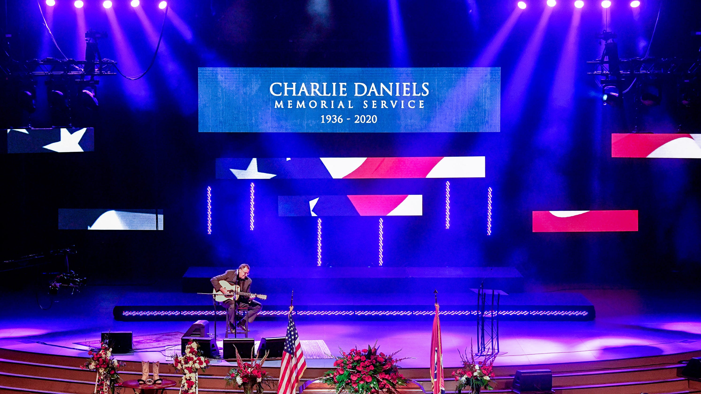 Charlie Daniels funeral: Vince Gill, Travis Tritt and more memorialize Hall of Fame singer