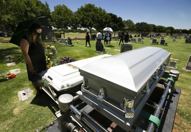 Arizona mayors declare March 1 COVID-19 Memorial Day