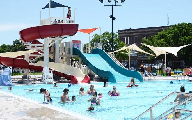 Shawnee Splash.Shawnee Splash Waterpark, at 101 E. Highland in Shawnee.