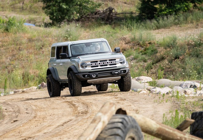 2021 Ford Bronco Revealed Ford Unveils Revived Suv Model