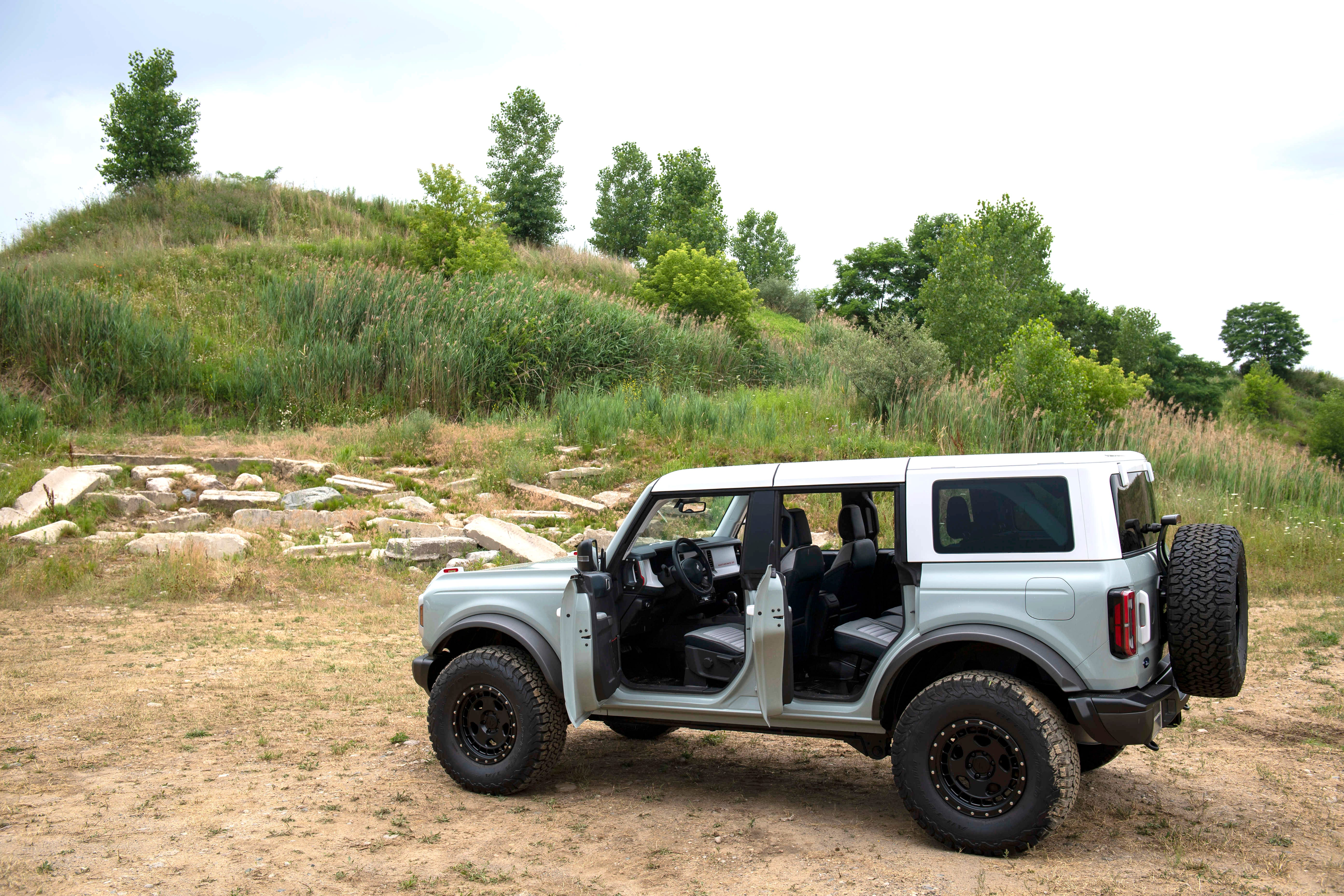 New Ford Bronco Debut Five Cools Things To Look For