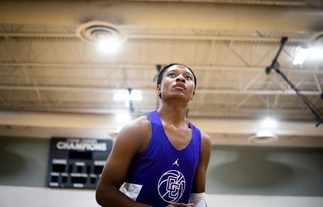 TyTy Washington, one of the nation's top point guard recruits, is expected to make his decision on Sunday.