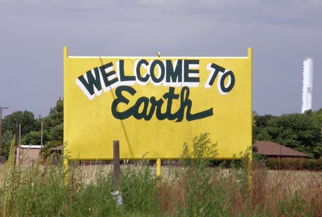 Earth, Texas sign.