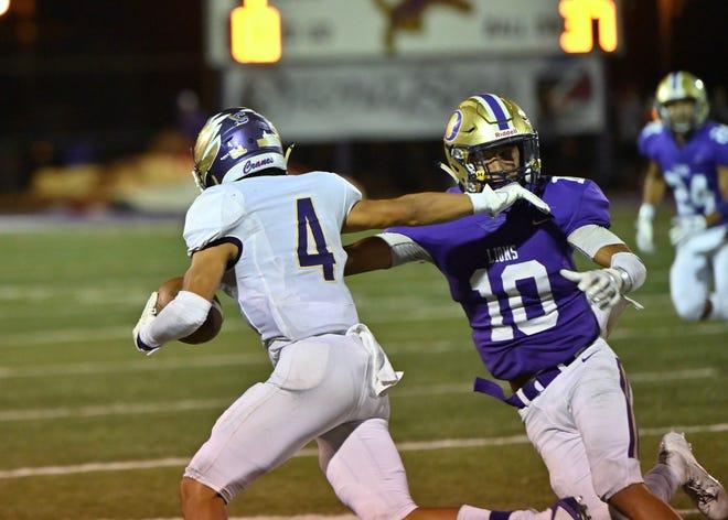 Ozona High School's Jesse Vega is a top linebacker to watch in 2020.